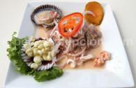 La cuisine péruvienne, ceviche de mariscos