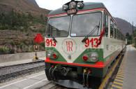 Train Ollantaytambo