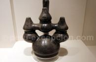 Céramique sculptée chimú, Museo MAP Cuzco