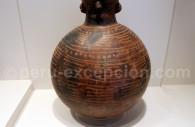 Cruche à motif géométrique viru, Musée d'Art Precolombien de Cuzco