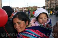 Tissu péruvien porté en écharpe, Cusco