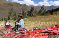 Ponchos et tissus traditionnels