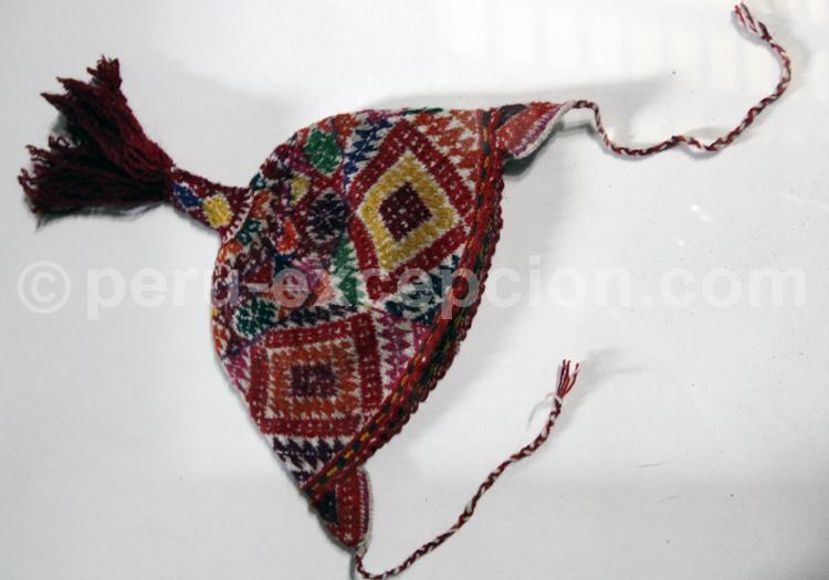 Chapeau coloré du Pérou