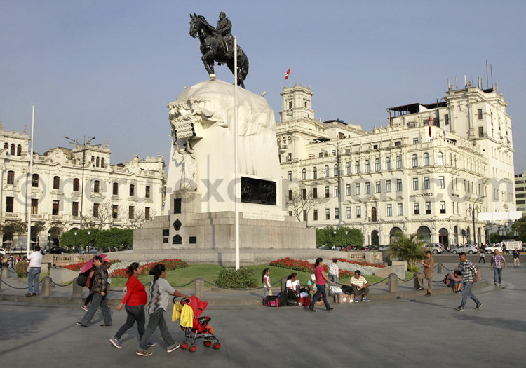 Monument du Gal San Martin, Lima