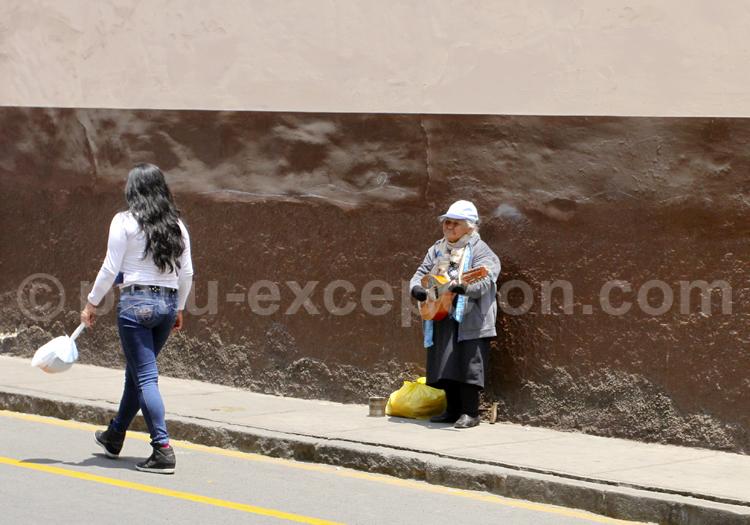 Musique dans les rues de Lima