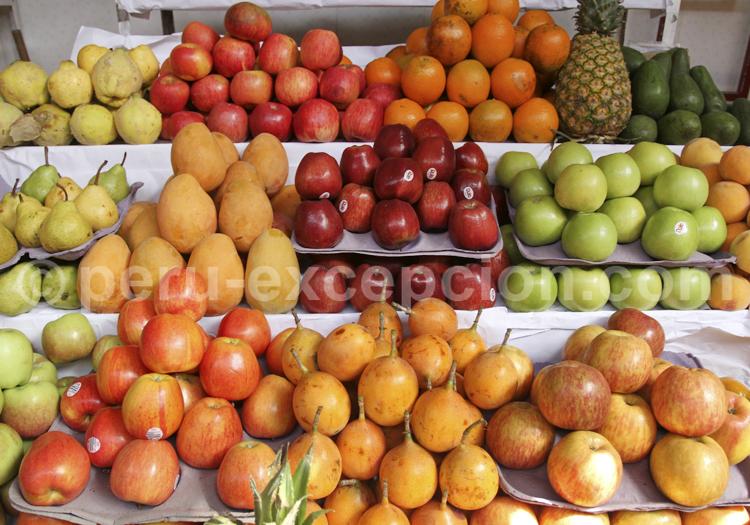 Marché aux fruits, Pérou