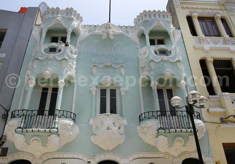 Façade colorée, Lima