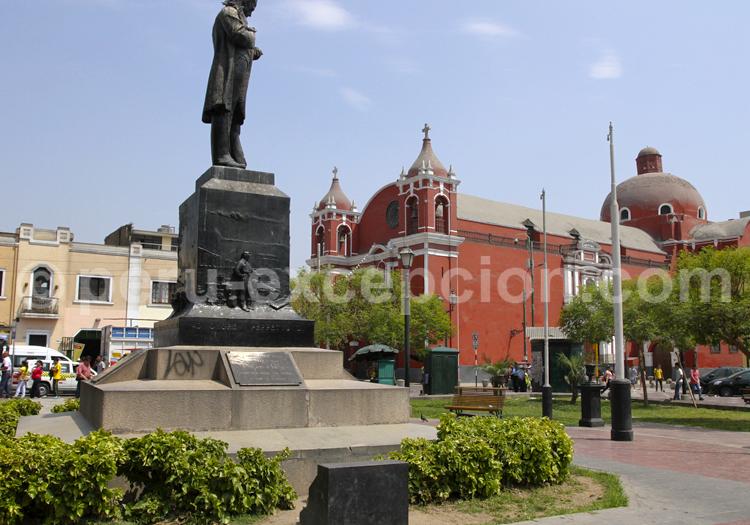 Plaza Italia, Lima
