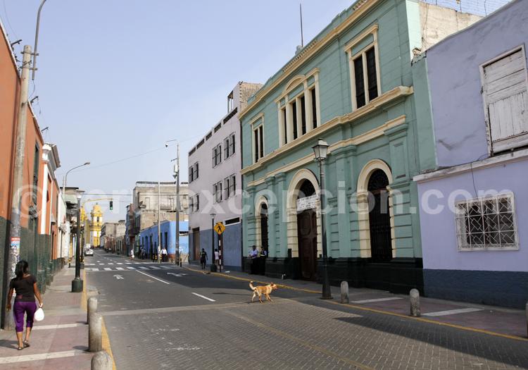 Calle en Lima, Perú