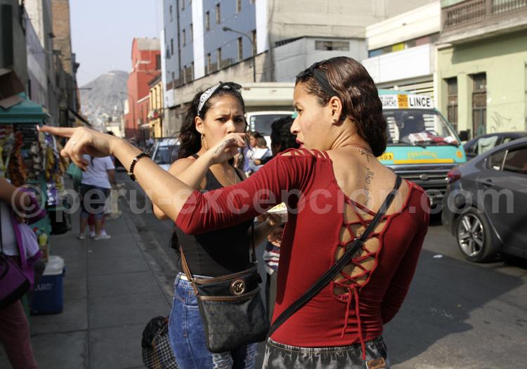 Scène de rue à Lima