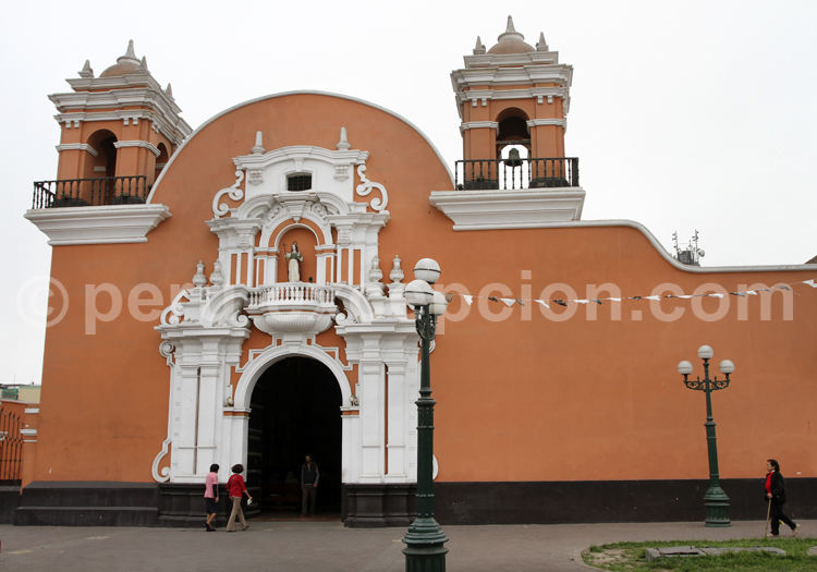 Eglise Santa Maria Magdalena, Lima