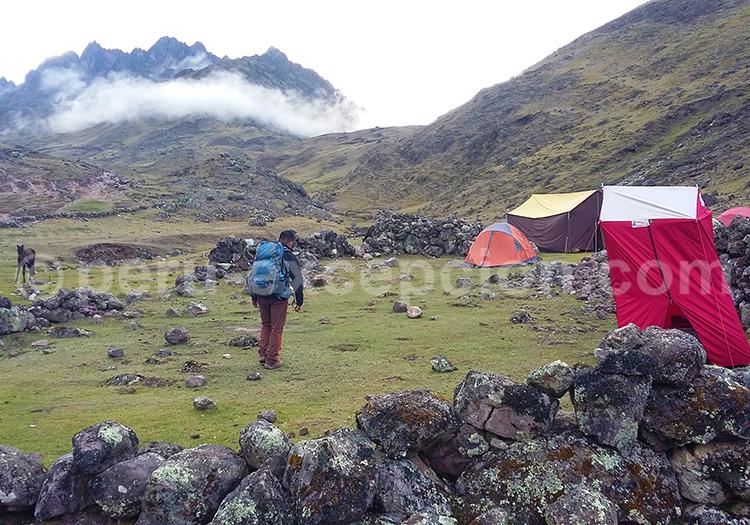 Lieu de campement, treking au Pérou